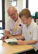 SCHOOL READERS NEEDED FOR LEICESTERSHIRE